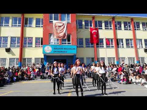 İbrahim Koçaslan Ortaokulu 23 Nisan 2018 Follow Me şarkısı
