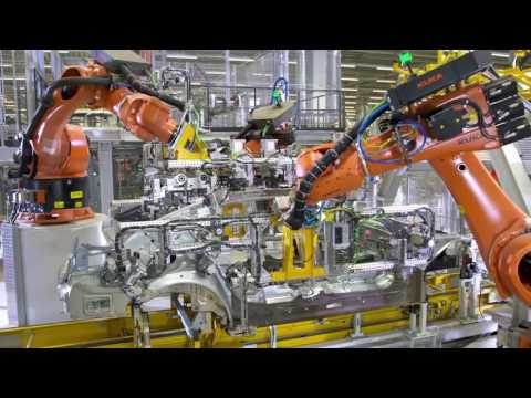 Inside a BMW Factory: Making of The BMW 7 Series 2017