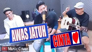 Download Awas Jatuh Cinta Cover (By HitaManis)