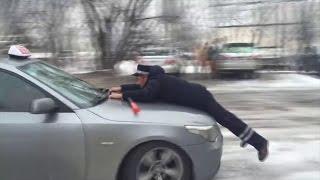 Милиционерди капотто сүйрөгөн айдоочулар көбөйдү / 23.03.17 / НТС