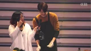 140329 Kim Woo Bin making gimbap Shanghai Fanmeeting