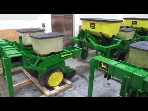 John Deere 7000 7100 2 Row Planters For Sale Youtube