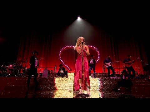 Kylie Minogue - Stop Me From Falling (Live In Hyde Park 2018) [SD]