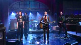 "Kathleen Edwards - ""Change the Sheets"" on Letterman 01-17-12"