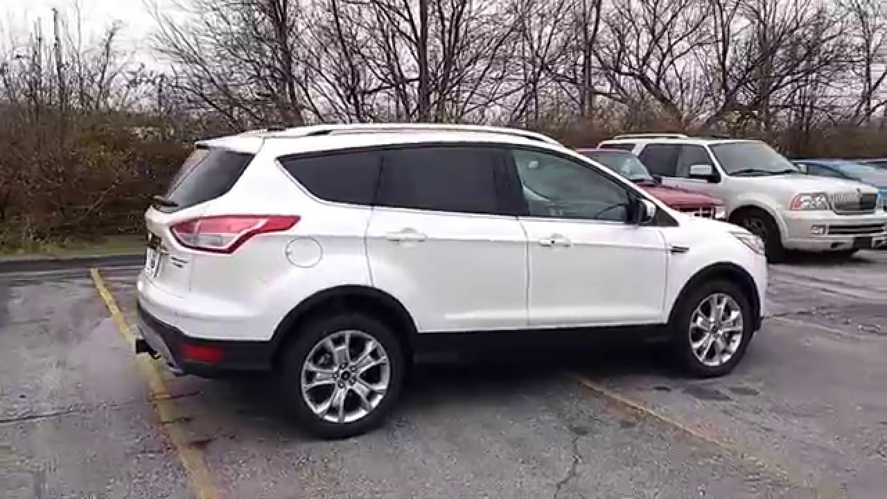White Platinum 2020 Escape Titanium 4WD 2.0L 300A Trailer ...