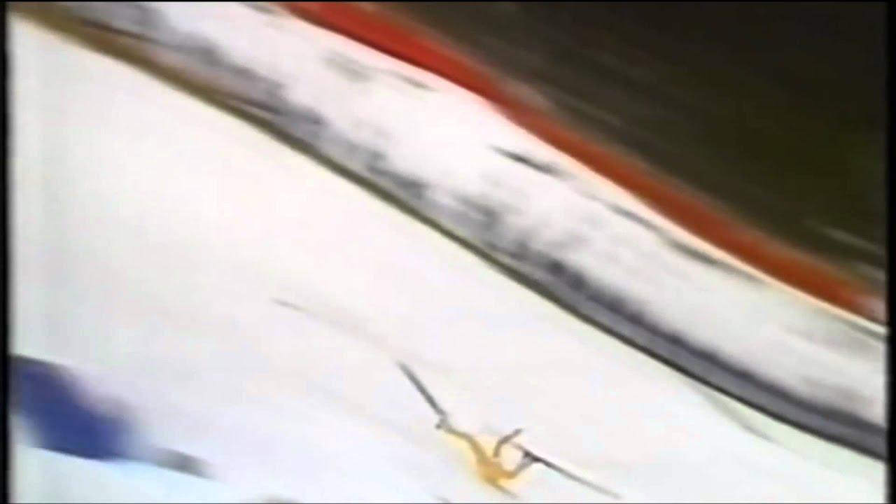 Подборка реально страшных падений прыгунов на лыжах с трамплина - ski crash jumping