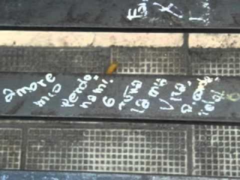 Le pi belle scritte d 39 amore sui muri youtube - Frasi scritte sui muri di casa ...