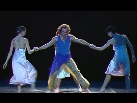 Maurice Béjart - « A force de partir ... », ballet avec Jorge Donn. Musique de Gustav Mahler