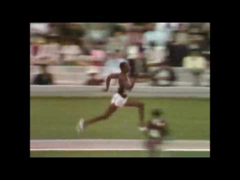 Bob Beamon - Long Jump World Record (Slow Motion) - 1968 Olympics