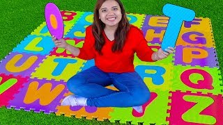 ABC Phonics Song | Learn English + Nursery Rhymes Sing-Along Kids Songs