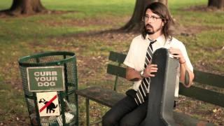 Download Foo Fighters. Walk.