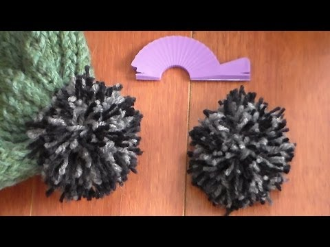 how to make a pompom with darice loom