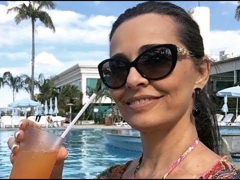Carla Vilhena anuncia saída da Globo.