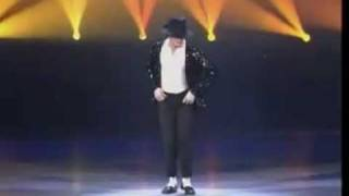 *Must Watch* Michael Jackson's Best MOONWALK EVER!!!
