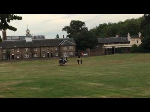 Prince William landing in the Kensington Palace and his children run to greeting his father