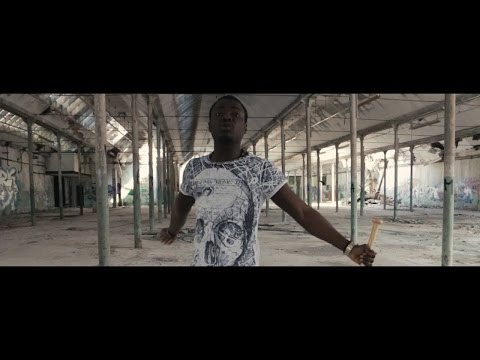 Young Safo - Supreme (OFFICIAL MUSIC VIDEO)