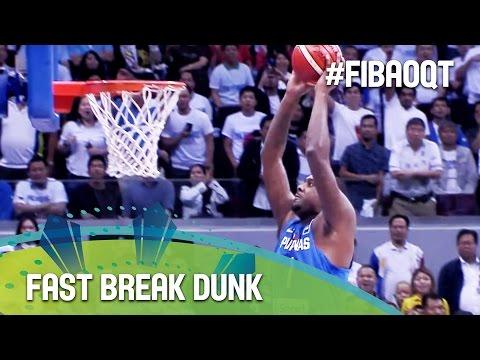 Blatche's quick hands set up fast break dunk!