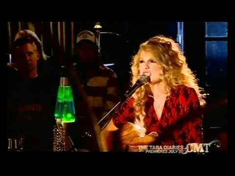 Picture To Burn (Original Lyrics) - Taylor Swift (LIVE AT THE REVIVAL)