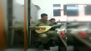 Şehit Askerin türkü söylediği video yürekleri dağladı