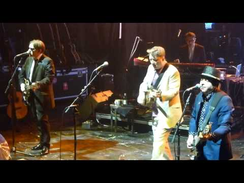 Squeeze - Cowboys are my weakness - Bournemouth O2 23 November 2012