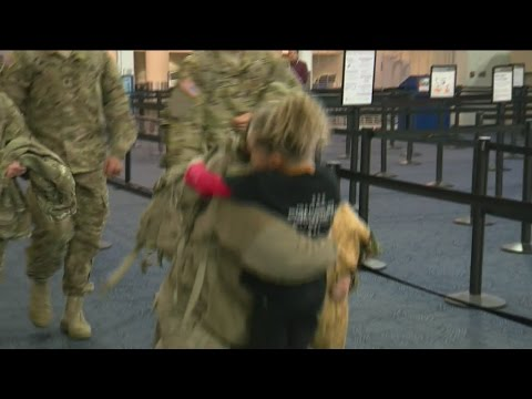 Wisconsin soldiers return home for the holidays