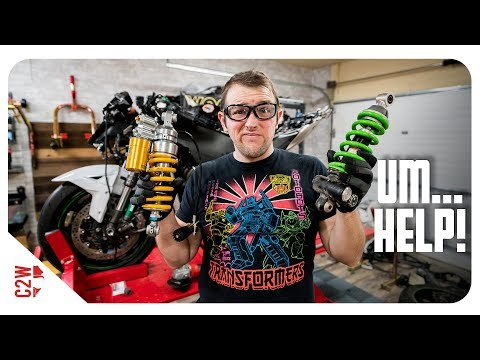 NEW OHLINS shock on the ZX10...by myself!  [Wrecked Bike Rebuild - S2 - Ep 13]