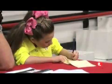 Tonight on Dance Moms- tryouts for Kenzie's music video!