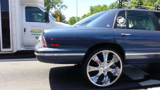 1996 Buick Park Ave on 26'  slappin