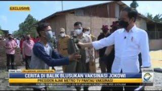 Moment Jokowi Berikan Jaket saat Tinjau Vaksinasi COVID-19 di Sumut
