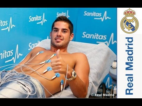 Isco signs his contract with Real Madrid