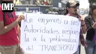 Estudiantes de Agronomía de la UCLA protestan frente al rectorado