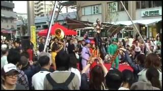 「Finale~キャラバン」 HIBI★Chazz-K in 2010高円寺びっくり大道芸(Part.6)
