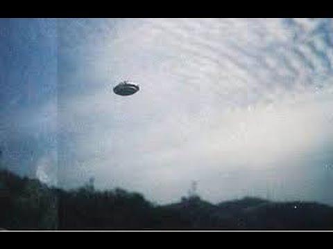 OVNI/UFO é fotografado em foto de Marte Brasil -Ovni avistado na Fazenda Creca 2016 HD