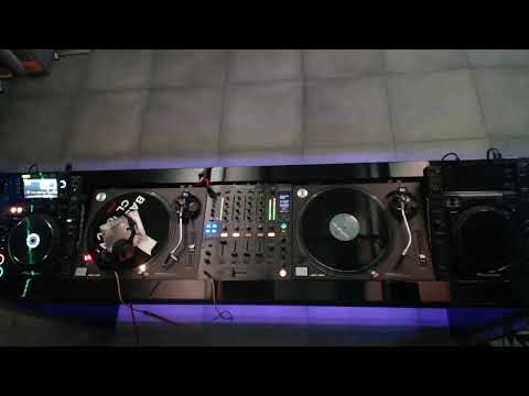 Maximo Live In Basement Club TV #3  100 % Vinyl Set