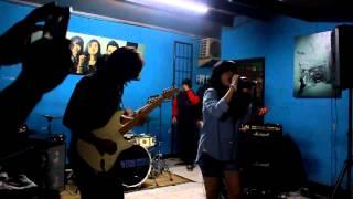 THE SIGN feat Kristin   Aku Disini At Nongkrong Bareng aksen 120113