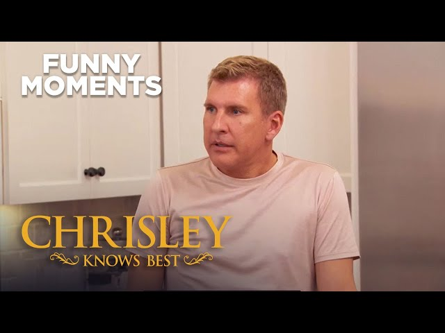 Chrisley Knows Best | Todd\'s Going Through Man-O-Pause | Funny Moments | Season 7 Episode 1