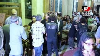 ياسمين رئيس و«العلايلي والشناوي وعبد القدوس» في عزاء محمد خان