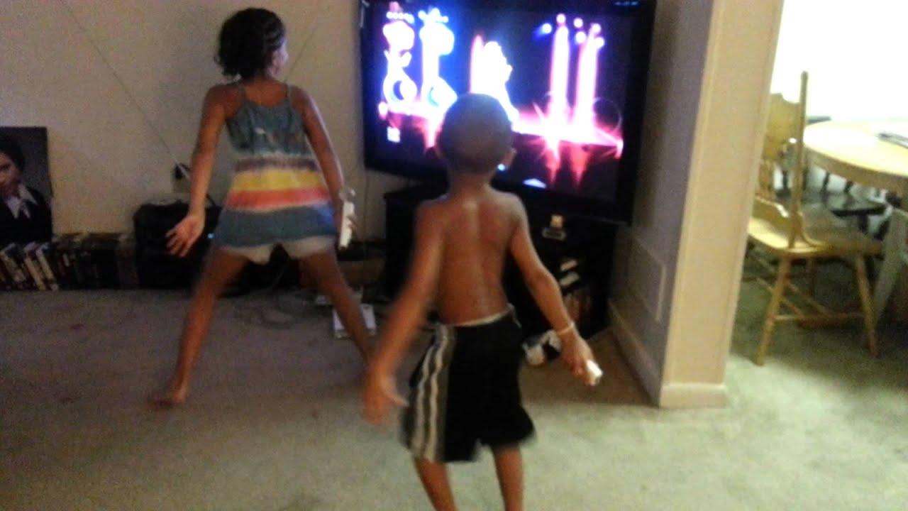 Little Children Dancing Their Butts Off