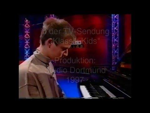 1997 TV show: Martin Tchiba (piano) performs Frédéric Chopin, Fantaisie-Impromptu