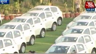 Surat boss gives flats, cars as Diwali bonus