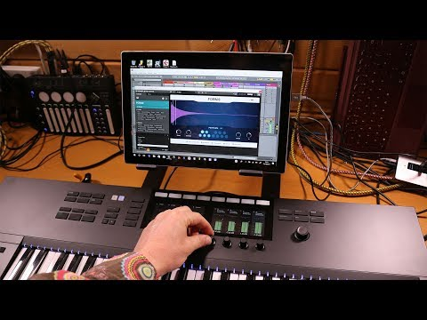 Komplete Kontrol S49 Mk2 improv with Ableton Live and Surface Pro
