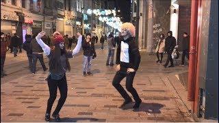 Чеченская Лезгинка С Красавицей В Стамбуле (Taksim) 2018 ALISHKA TERISHKA SERXAN
