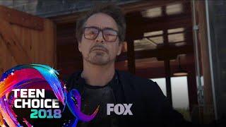 The Panda Ambushes Robert Downey Jr. | TEEN CHOICE
