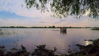 Рыбалка с лодки. Астраханская рыбалка в низовьях Волги.