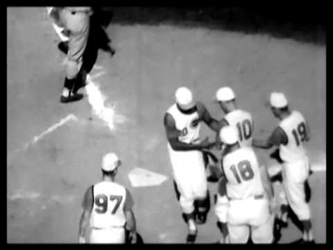 Yankees defeat Cincinnati Reds 1961 World Series