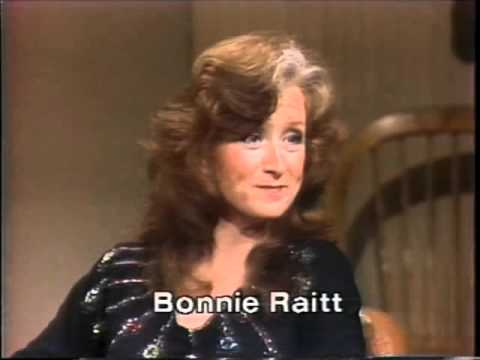 Bonnie Raitt, Sippie Wallace on Late Night, April 27, 1982
