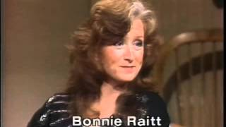 Bonnie Raitt, Sippie Wallace on Late Night, April 27, 1982