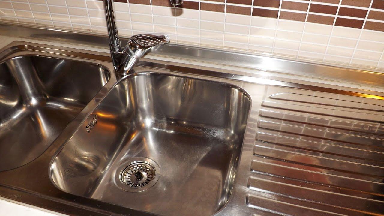 Come Pulire Il Lavandino In Acciaio.Come Pulire Il Lavello In Acciaio Con Prodotti Naturali Youtube