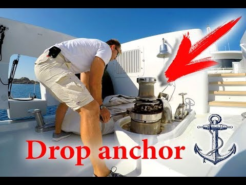 Drop anchor on a luxury yacht | Сброс якоря на яхте миллиард