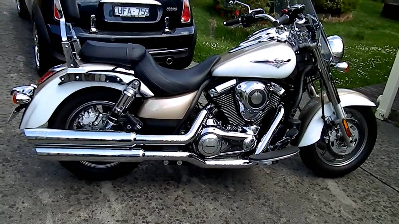 Kawasaki 1700 Clic Vance and Hines exhaust. - YouTube